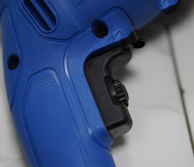 KMS-600 có tay cầm chắc chắn, dễ sử dụng