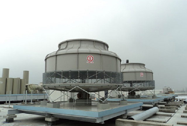 Tháp giải nhiệt dùng để làm gì?