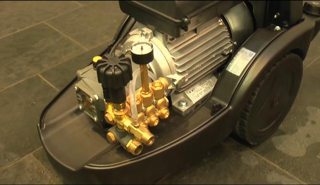 Máy bơm rửa xe nước lạnh IPC PW-C50P D2117P T (có dây quấn)