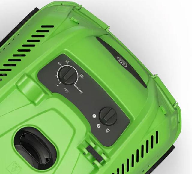 Máy bơm rửa xe nước nóng IPC PW-H28 I1308A M (3 bánh)