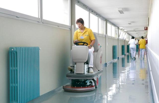 Máy chà sàn là gì? Cấu tạo và nguyên lý hoạt động