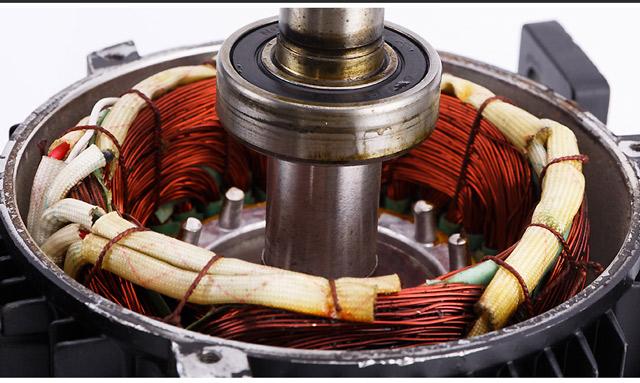 Máy phun rửa xe nước nóng IPC FIRE BOX 30M