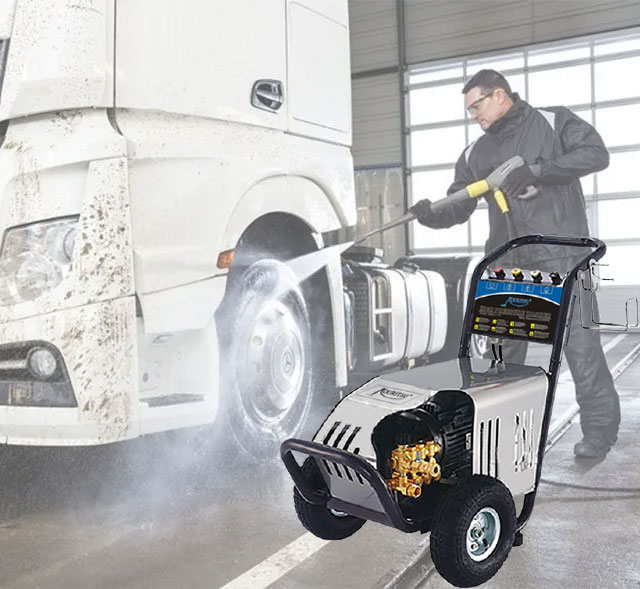 máy rửa xe Kouritsu 15M26-3.7S2