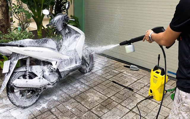 mua máy rửa xe Trung Quốc