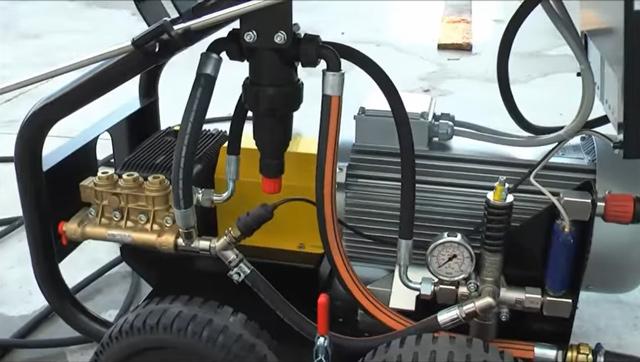Máy rửa xe nước lạnh IPC ABSOLUTE-C S 5015P T