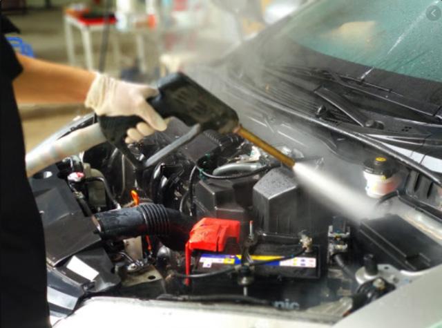 Máy xịt rửa xe nước nóng IPC V200 MD SIL-H 2015 PiD (Động cơ Diesel)