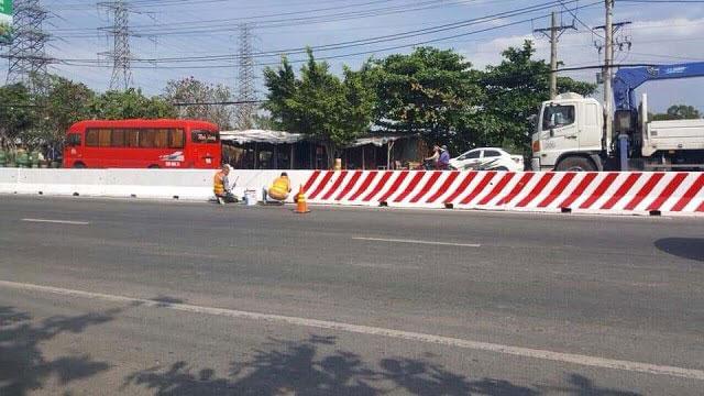 Rào chắn giao thông bằng bê tông