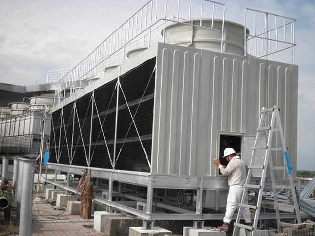 Tháp giải nhiệt nước Tashin TSS 200RT 4CELL