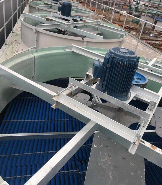 Tháp hạ nhiệt nước Kumisai KMS 300RT 4Cell