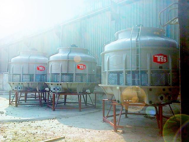 Tháp hạ nhiệt nước Tashin TSC 150RT