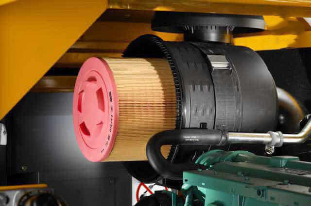Hãy vệ sinh bộ phận lọc gió thường xuyên để đảm bảo chất lưu lượng khí đầu ra