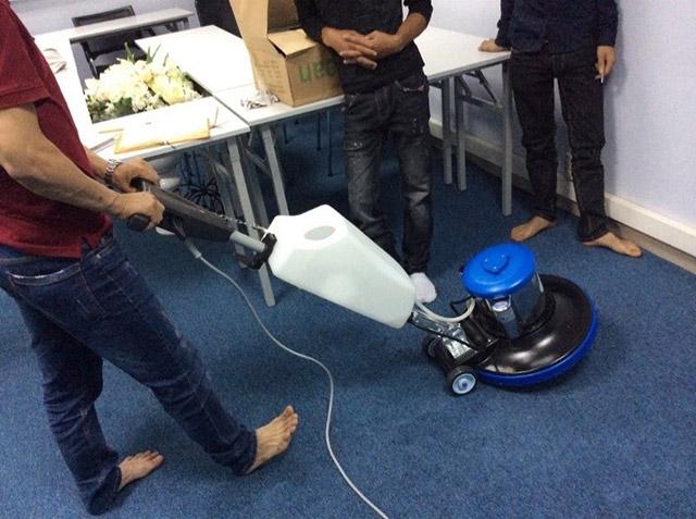 Nguyên lý hoạt động của máy chà sàn