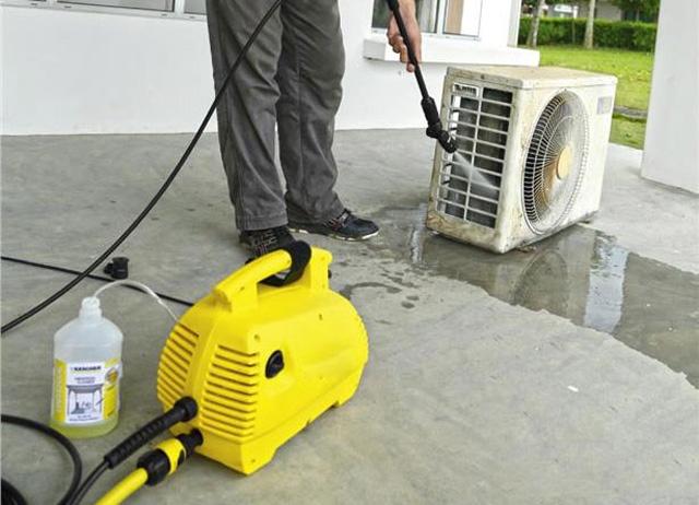 V-jet VJ 100 được sử dụng trong nhiều công việc vệ sinh