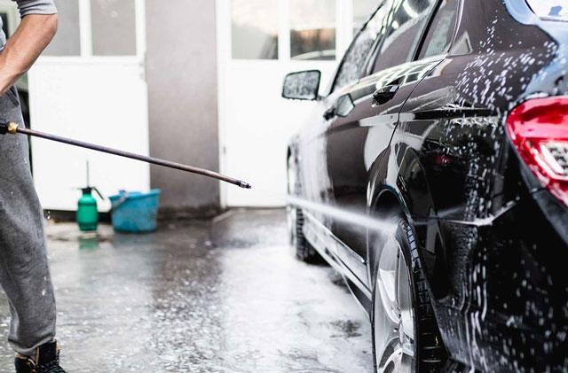 máy rửa xe cao áp giá rẻ