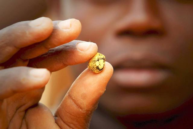 cách tìm vàng chôn dưới đất
